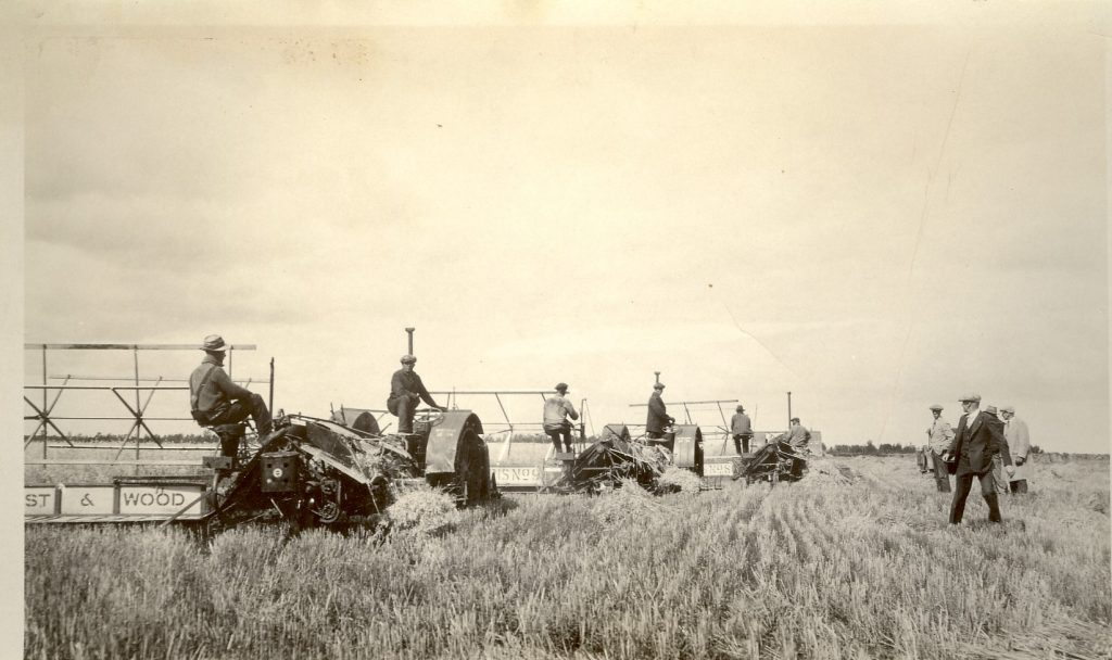 Combines in 1930s